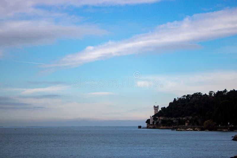 Castillo de Miramare, Italia foto de archivo