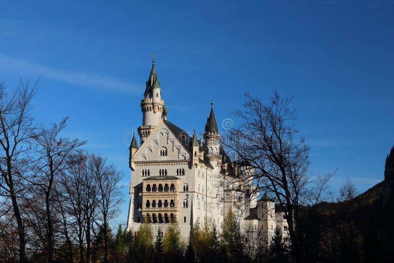 Castillo de Neuschwanstein en Alemania foto de archivo