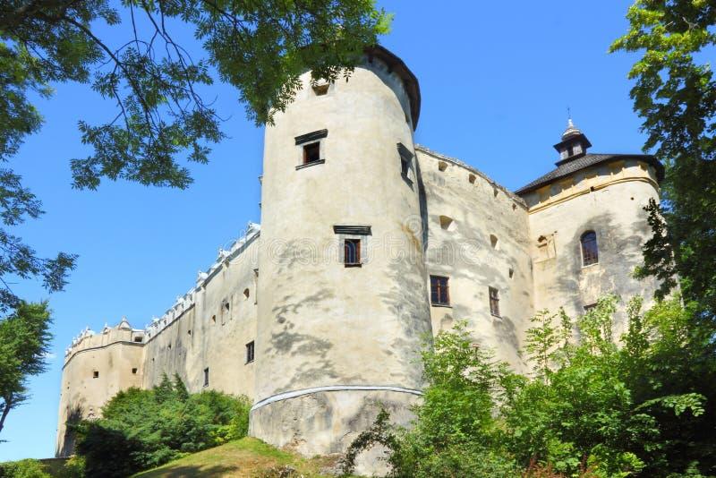 Castillo de Niedzica en Polonia imagen de archivo libre de regalías
