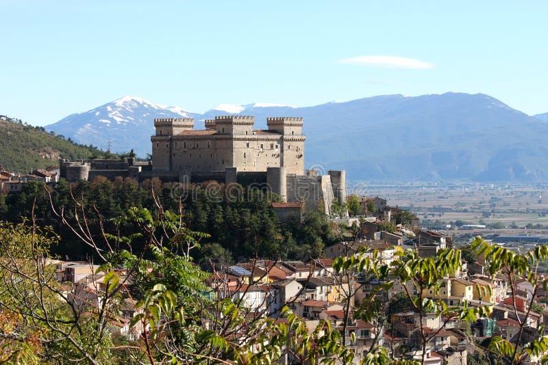 Castillo de Piccolomini, Celano, Italia imágenes de archivo libres de regalías