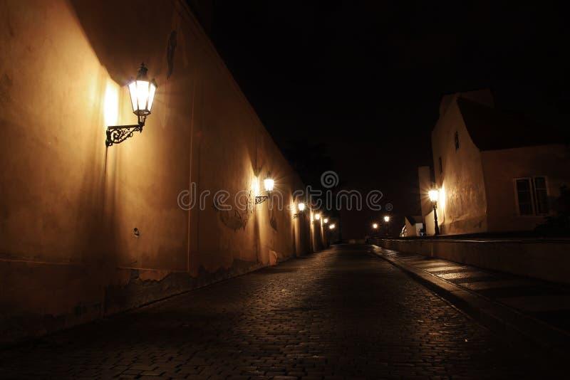 Castillo de Praga de la noche, República Checa fotos de archivo