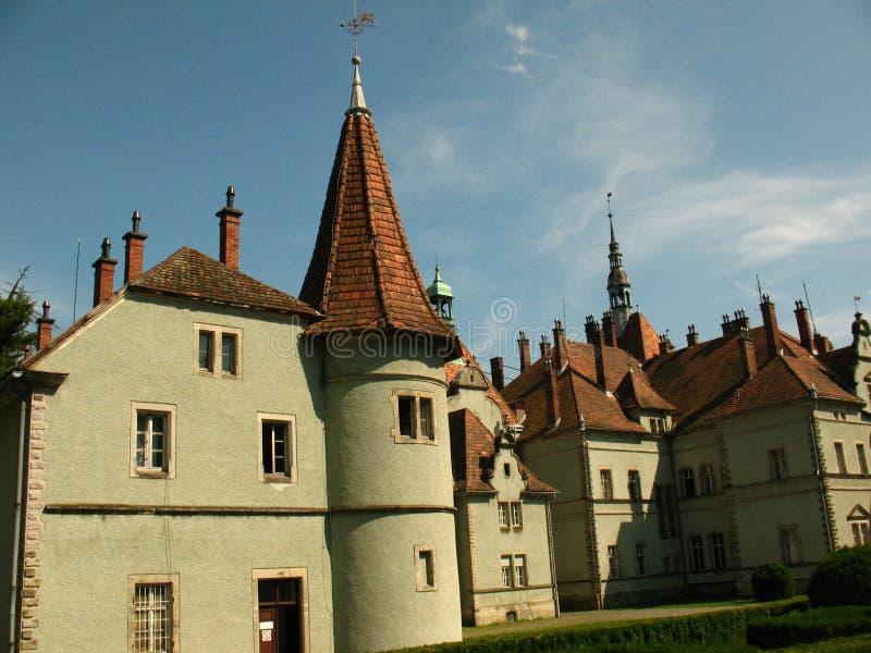 Castillo de Schonborn en Chynadiyovo, Cárpatos Ucrania foto de archivo