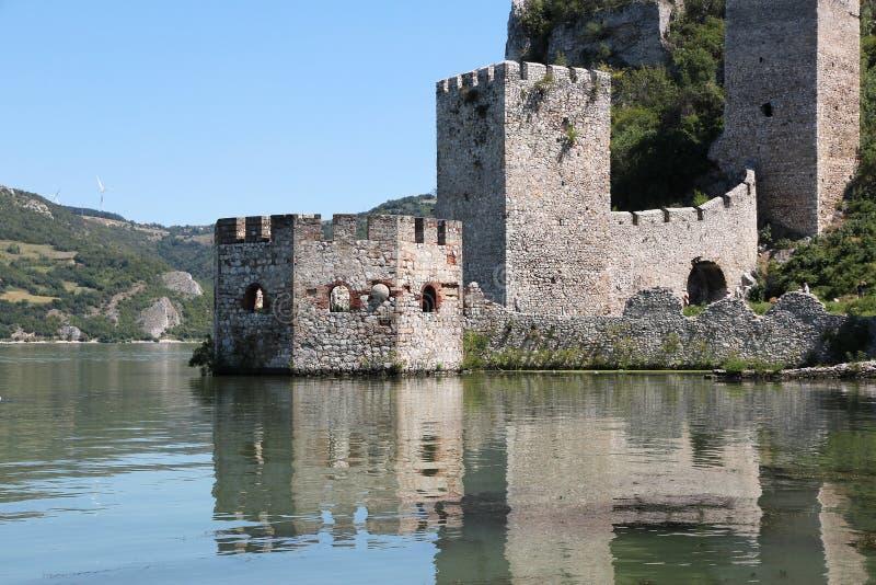 Castillo de Serbia fotos de archivo libres de regalías
