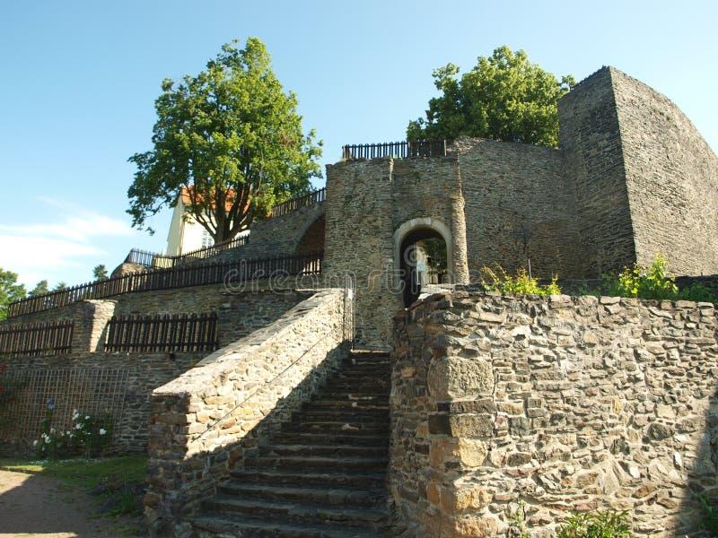 Castillo de Svojanov, jardín ghotic imagen de archivo libre de regalías