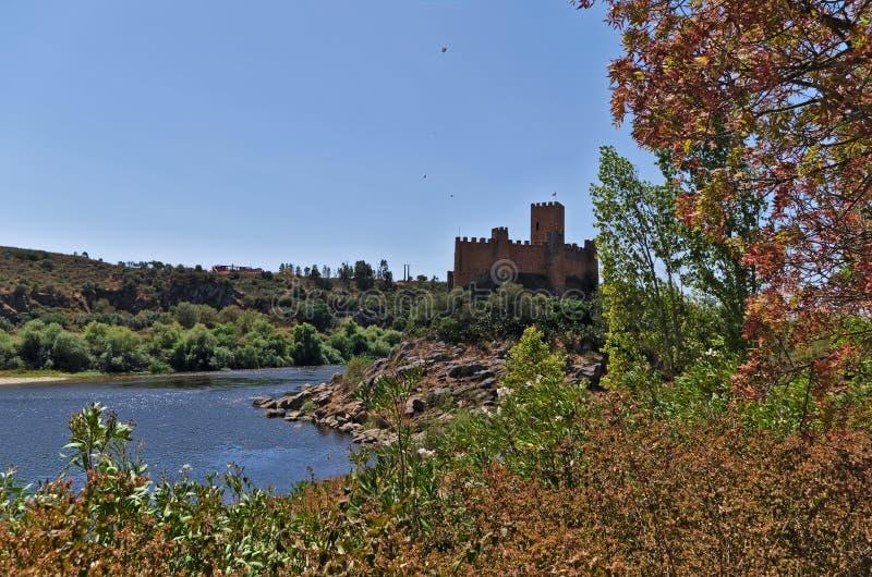 Castillo de Templar de Almourol en Tomar imagenes de archivo