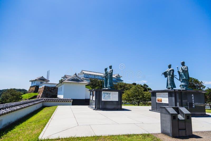 Castillo de Tomioka en la colina en Amakusa, Kumamoto, Japón imagen de archivo