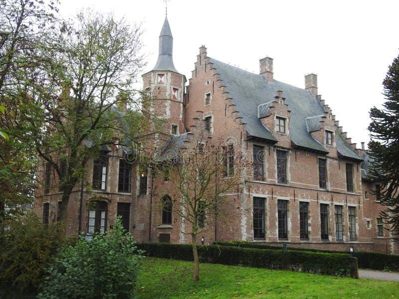 Castillo de Walburg - St Niklaas - Bélgica fotografía de archivo libre de regalías