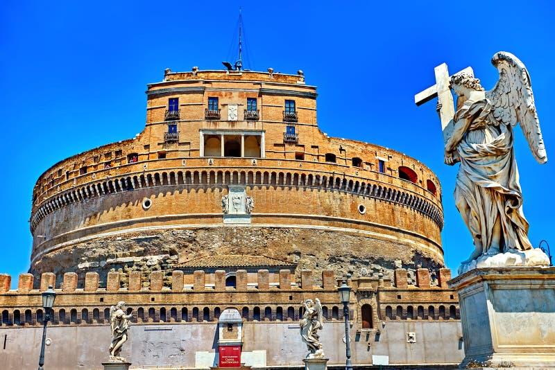 Castillo del ángel del santo en Roma, Italia imagenes de archivo