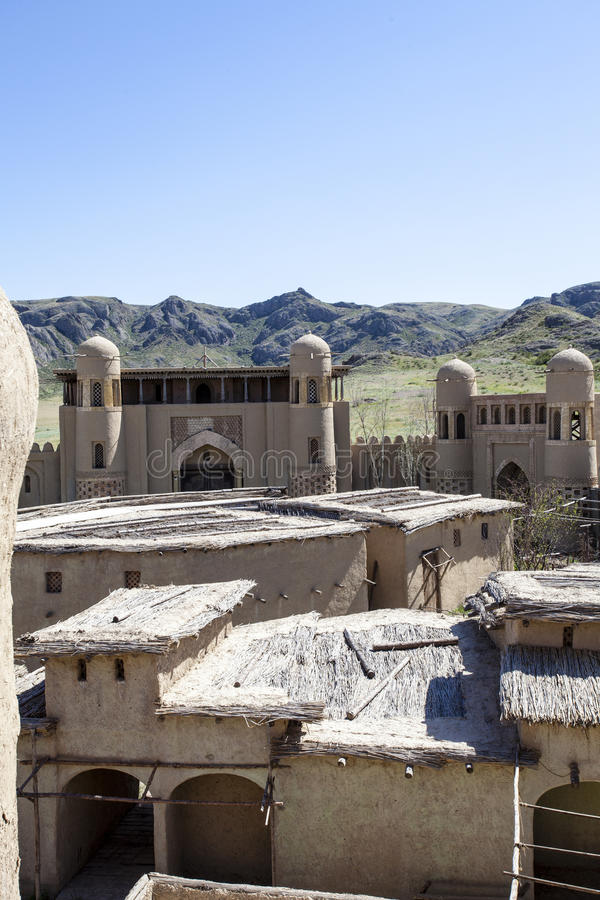 Castillo del estudio cinematográfico en Tas de Tamgaly - Kazajistán - Asia Central imágenes de archivo libres de regalías