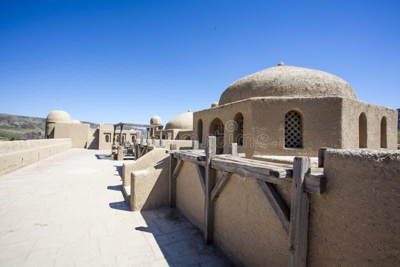 Castillo del estudio cinematográfico en Tas de Tamgaly - Kazajistán - Asia Central foto de archivo libre de regalías