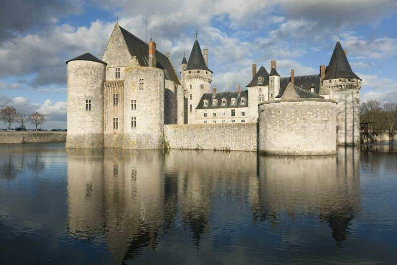 Castillo del Sully-Sur-Loira imagenes de archivo