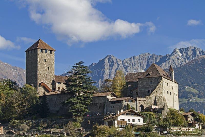 Castillo del Tyrol foto de archivo libre de regalías