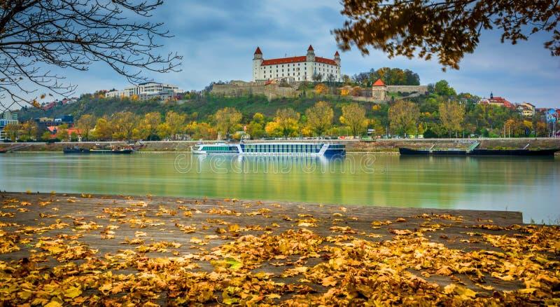Castillo en Bratislava foto de archivo