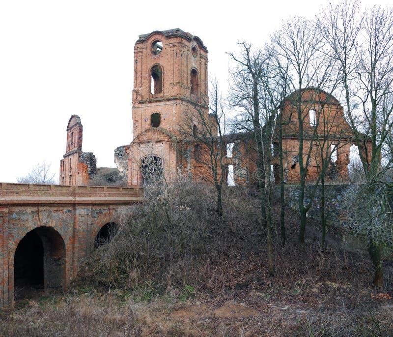 Castillo en el Korets imagenes de archivo