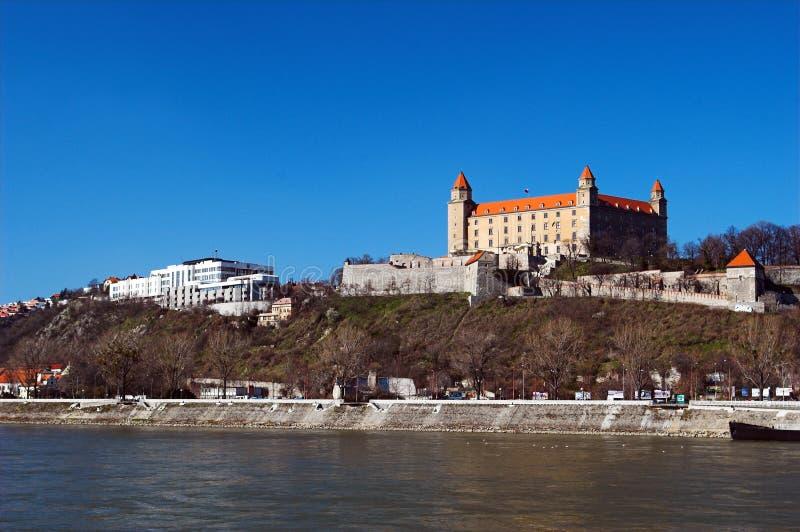 Castillo en el río imagen de archivo libre de regalías