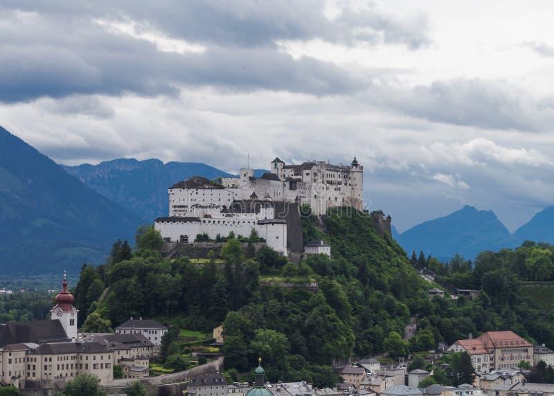 Castillo en el viaje wunderful de Austria fotografía de archivo