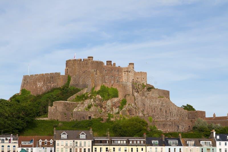 Castillo en Gorey, Jersey, Reino Unido de Mont Orgueil imágenes de archivo libres de regalías