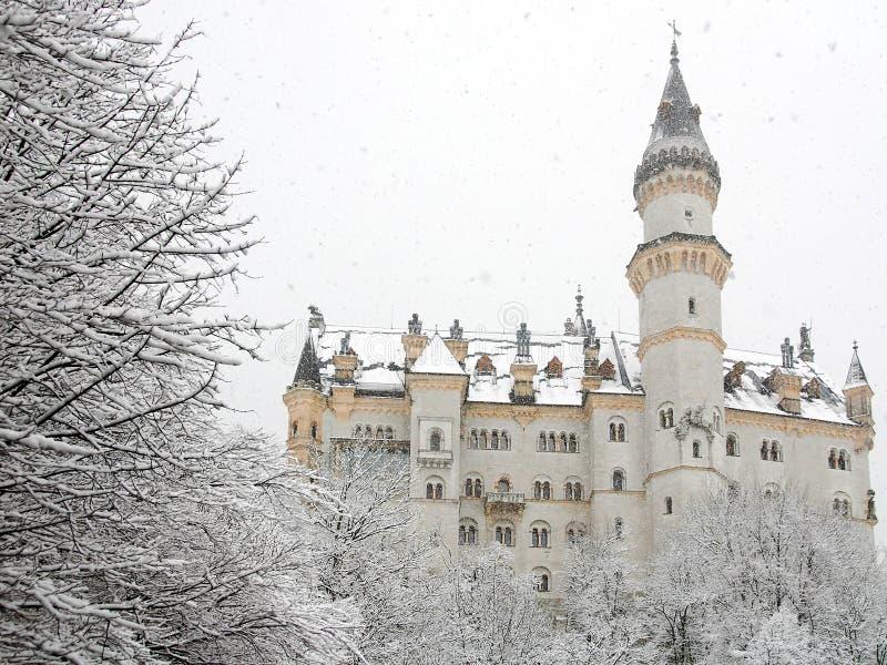 Castillo en invierno, Alemania de Neuschwanstein fotografía de archivo