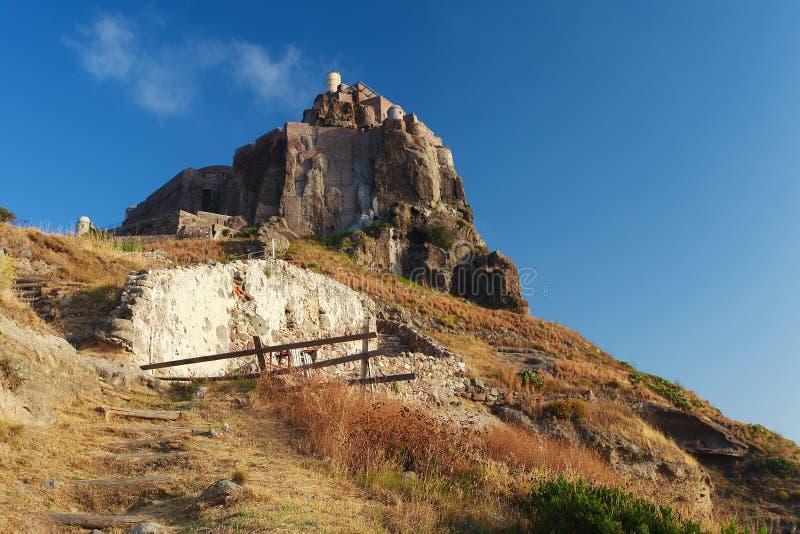 Castillo en la isla del capraia, Elba foto de archivo libre de regalías