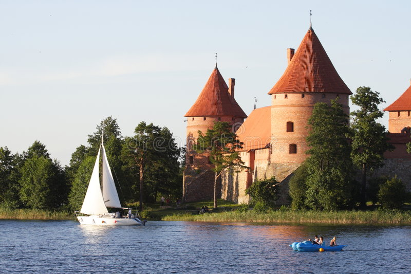 Castillo en Lituania imagen de archivo
