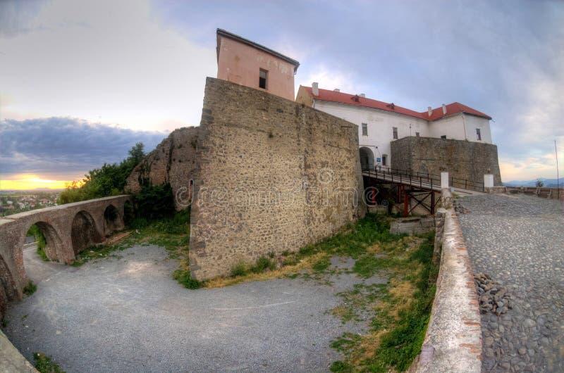 Castillo en Mukachevo, Ucrania de Palanok imagen de archivo libre de regalías