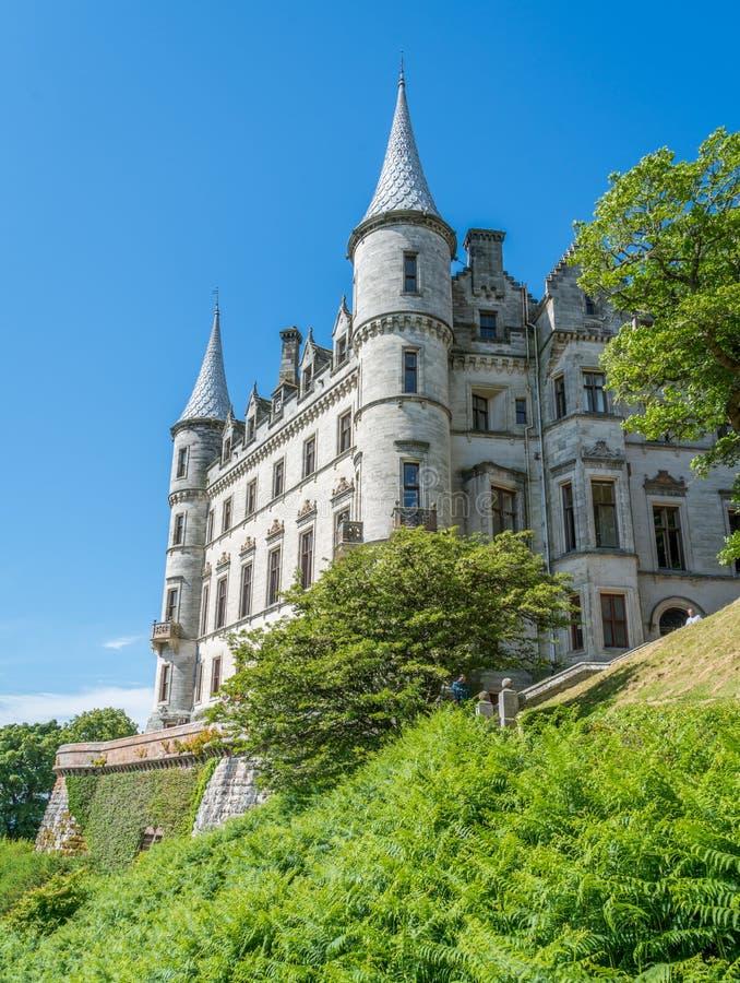 Castillo en un día soleado, condado de Sutherland, Escocia de Dunrobin fotos de archivo