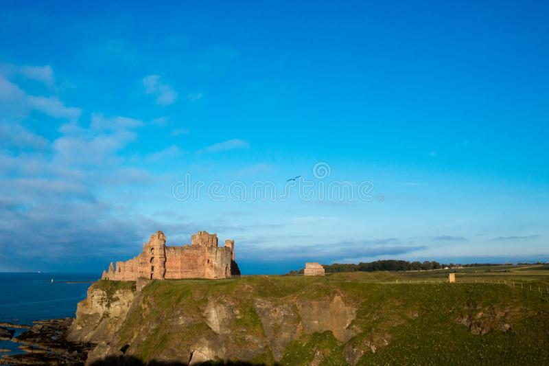 Castillo Escocia Europa de Tantallon imagenes de archivo