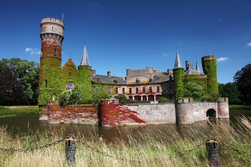 Castillo Flandes Bélgica de la charca imagenes de archivo