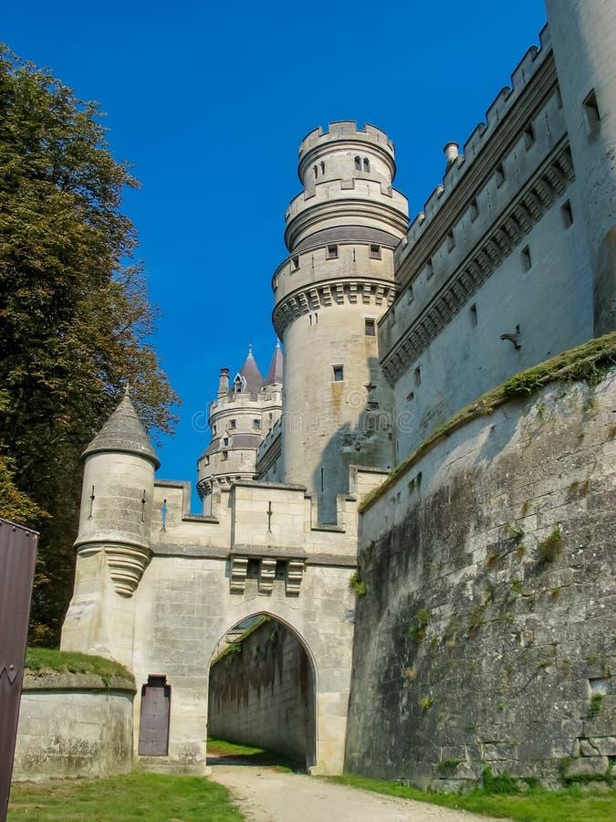 Castillo francés de pierrefonds imagen de archivo libre de regalías