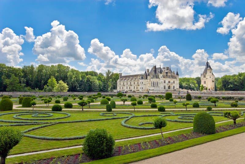 Castillo francés y jardín Chenonceau imagen de archivo libre de regalías
