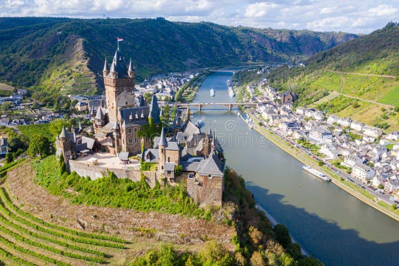 Castillo imperial de Cochem, Reichsburg Cochem, estilo gótico del renacimiento, ciudad de Cochem, río de Mosela, Renania-Palatina fotografía de archivo libre de regalías