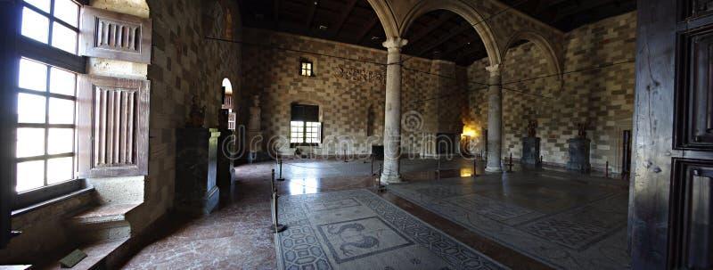 Castillo interior foto de archivo