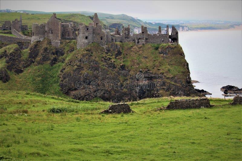 Castillo Irlanda del Norte de Dunluce imagen de archivo libre de regalías