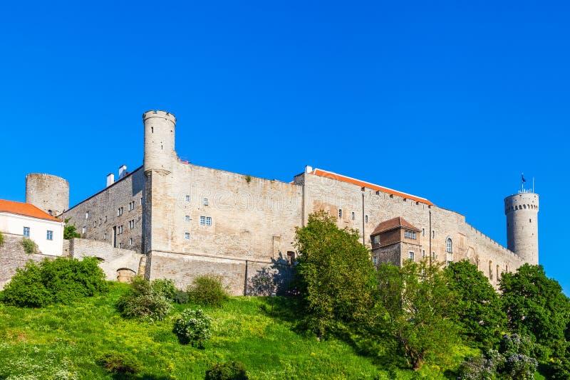 Castillo medieval de Toompea en Tallinn, Estonia fotografía de archivo