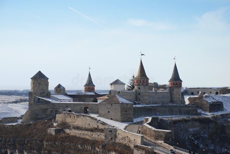 Castillo medieval en invierno imagen de archivo
