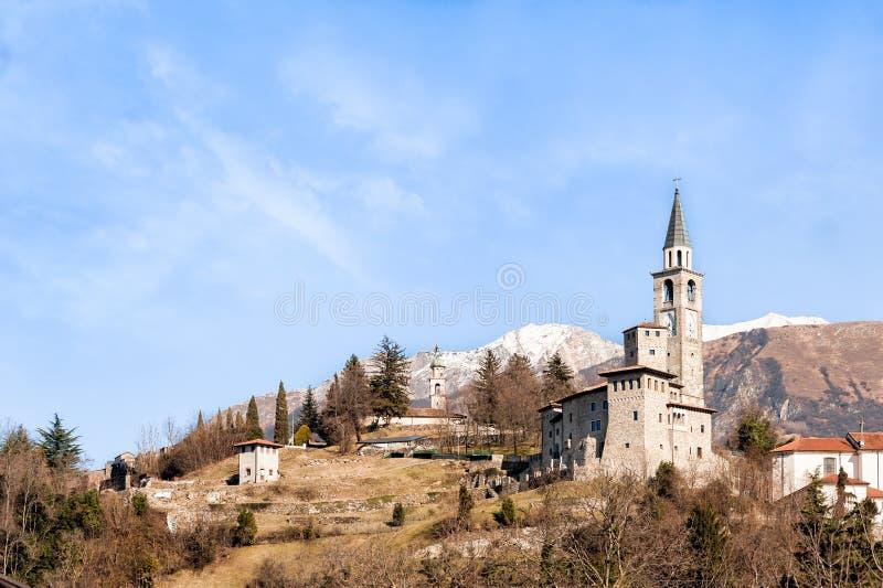 Castillo medieval en Italia foto de archivo