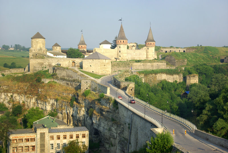 Castillo medieval en Ucrania. imagen de archivo