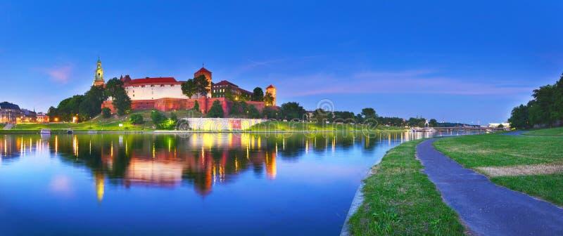 Castillo medieval Wawel en el verano, Kraków, Polonia foto de archivo