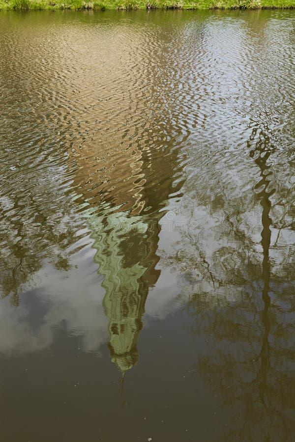 Castillo Moated Raesfeld Alemania - reflexión imagenes de archivo