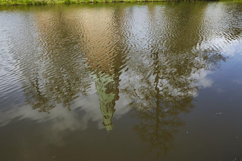 Castillo Moated Raesfeld Alemania - reflexión imagen de archivo