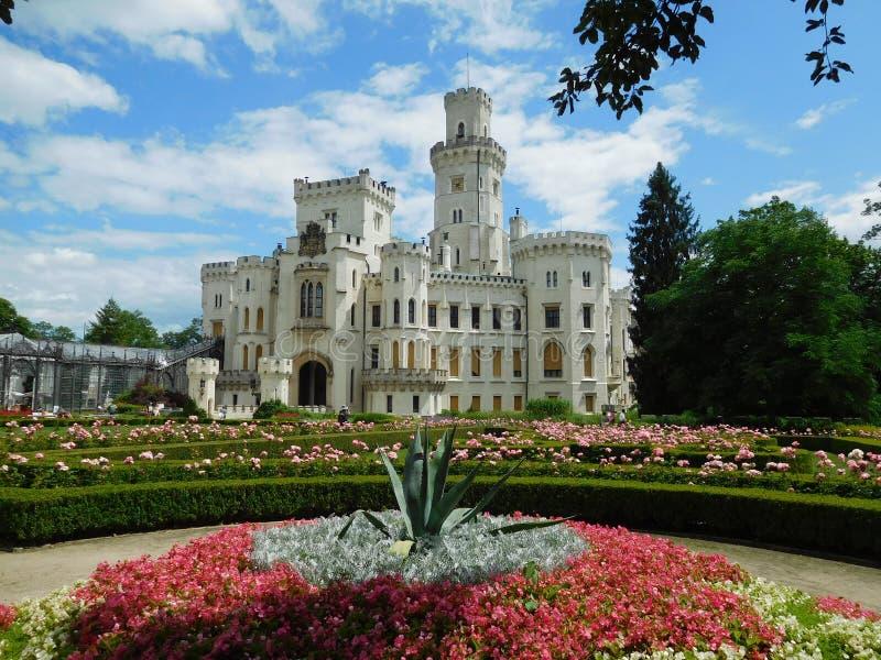 Castillo neogótico en Hluboka Nad Vltavou, República Checa imagen de archivo