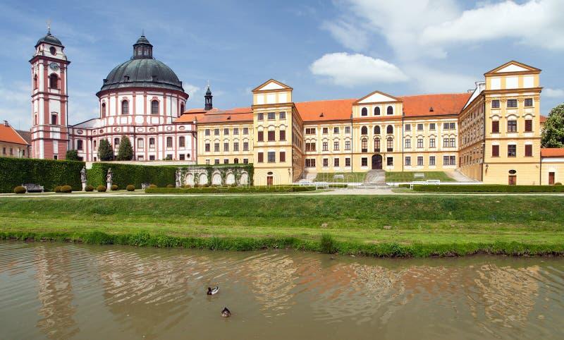 Castillo a partir del siglo XVIII, Moravia del sur, República Checa, Europa Central del Barroco y del renacimiento de Jaromerice  fotografía de archivo