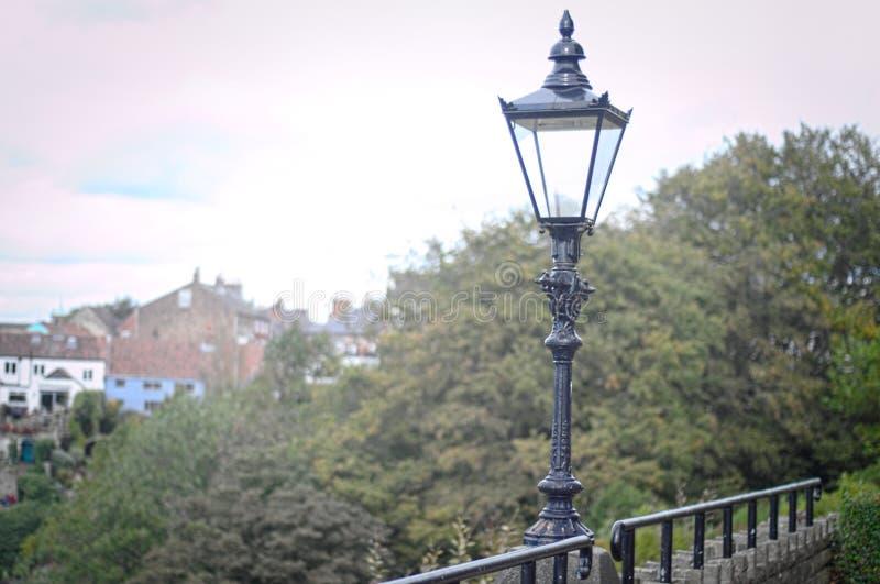 Castillo pasado de moda del knaresborough de los posts de la lámpara imagen de archivo libre de regalías