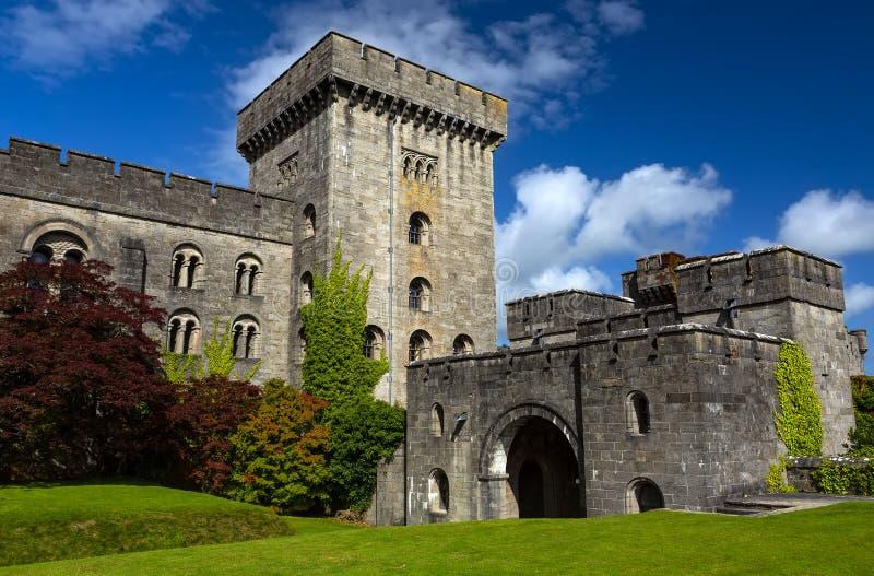 Castillo Penrhyn en Gales, Reino Unido foto de archivo