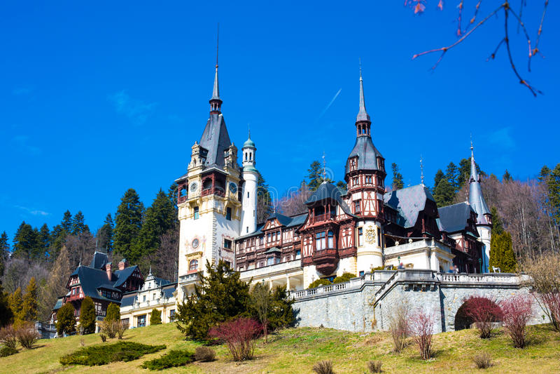 Castillo real anterior hermoso de Peles, Sinaia, Rumania foto de archivo libre de regalías