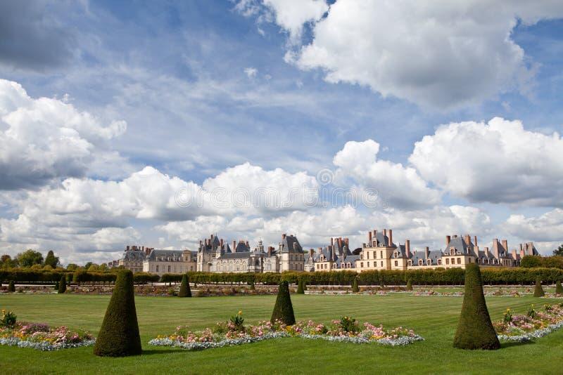 Castillo real medieval Fontainbleau cerca de París imagen de archivo libre de regalías