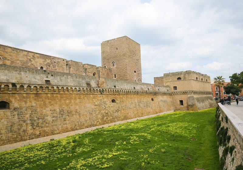 Castillo suabio en Bari, Puglia, Italia imágenes de archivo libres de regalías