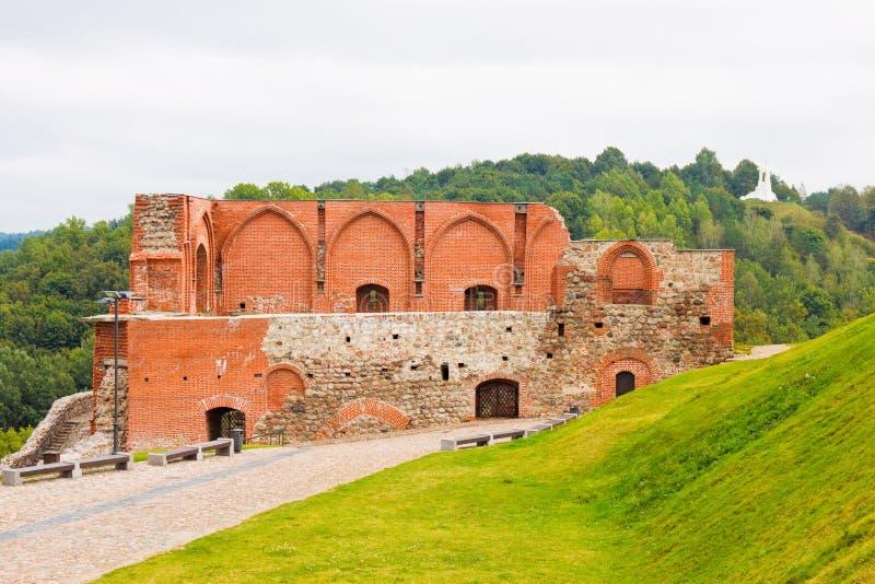 Castillo superior en la colina de Gediminas en Vilna imagen de archivo libre de regalías