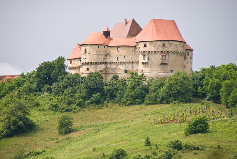 Castillo viejo en Velki Tabor, Croatia imagen de archivo libre de regalías