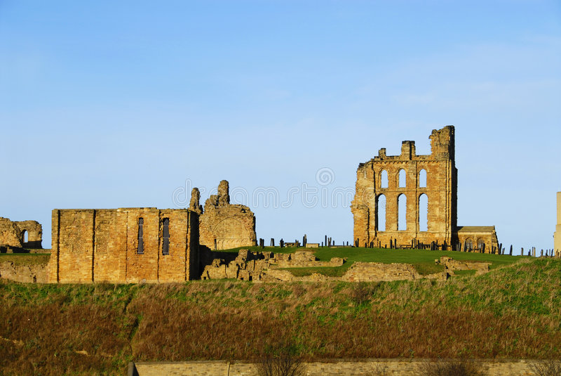 Castillo y priorato de Tynemouth fotos de archivo libres de regalías